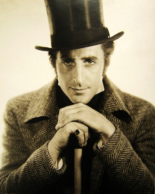Young Basil Rathbone Images & Pictures - Becuo