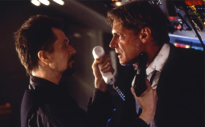still-of-harrison-ford-and-gary-oldman-in-air-force-one-large-picture